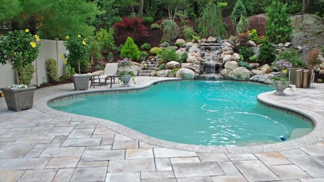 How Much Does It Cost To Build a Gunite Pool?