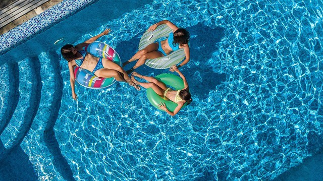How is Pool Occupancy Calculated?