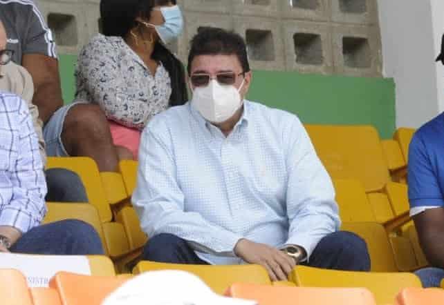 Ministro de Deportes.