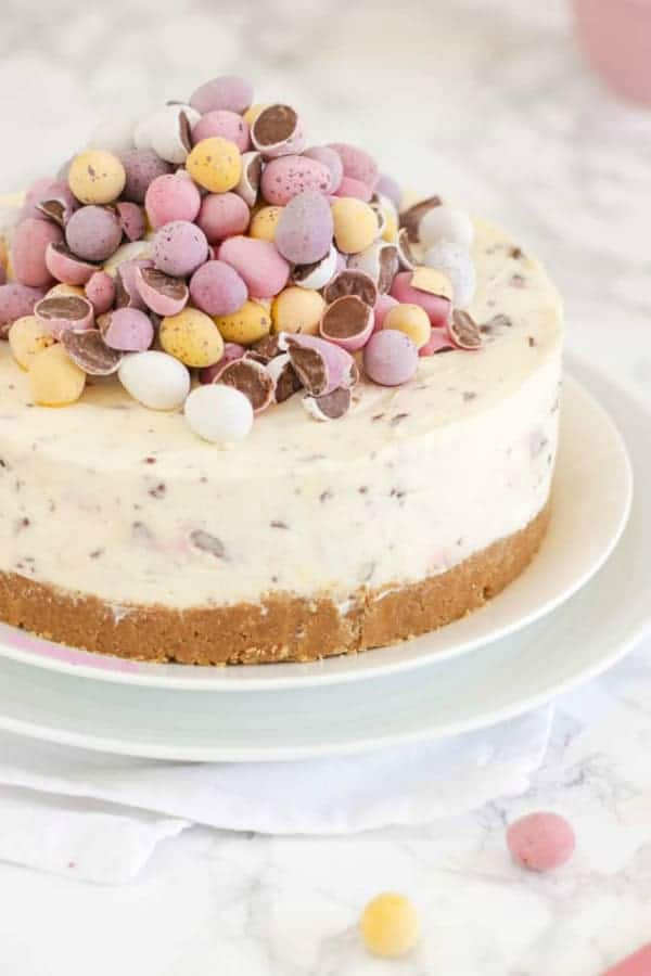 20 Amazing Easter Brunch Desserts You'll Rise For!