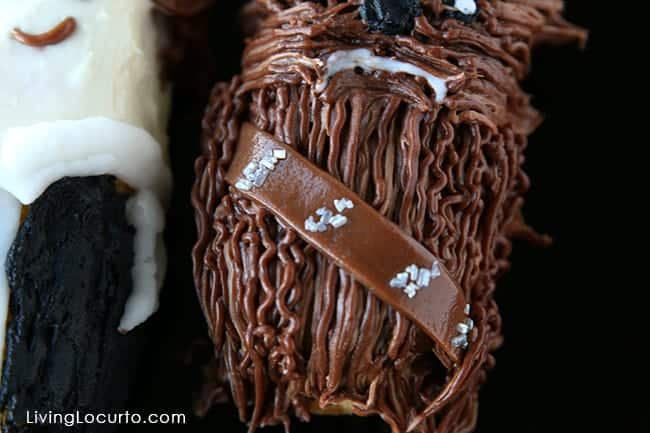 Cute Star Wars No-Bake Party Treats. Han Solo and Chewbacca Twinkie Cakes by @livinglocurto