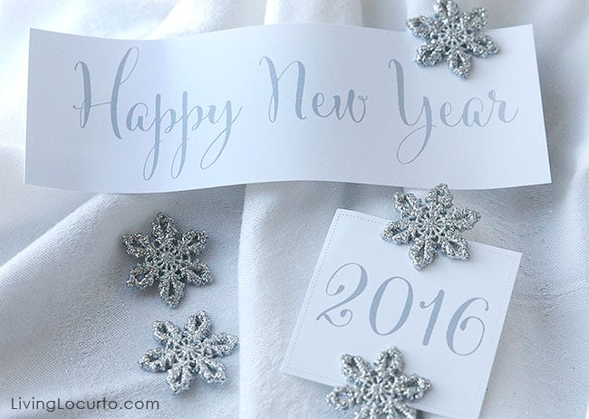 Free Printable 2016 Happy New Year Signs for a New Year's Eve Party