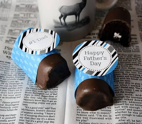 Fathers Day free Printables. Chocolate ho ho dessert recipe. Celebrate Dad with these easy Father's Day Gifts! Get free printables, recipes, crafts and simple homemade last minute gift ideas for men.