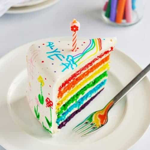 Doodle rainbow cake - Edible maker birthday cake idea