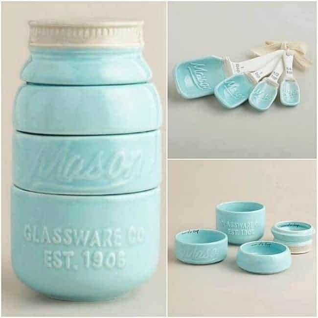 These Blue Mason Jar Measuring Cups always make a cute gift!
