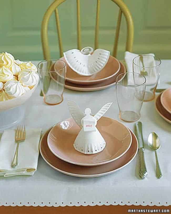 Paper plate angles craft The Best Christmas Table Setting Decorations | Holiday Home Decor