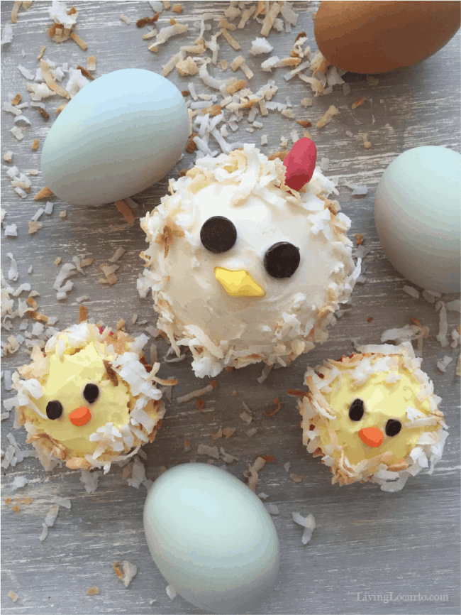 Backyard chicken lovers will fly the coop over these cute chicken cupcakes!  Celebrate a birthday party, Easter or baby shower with this easy cake recipe.