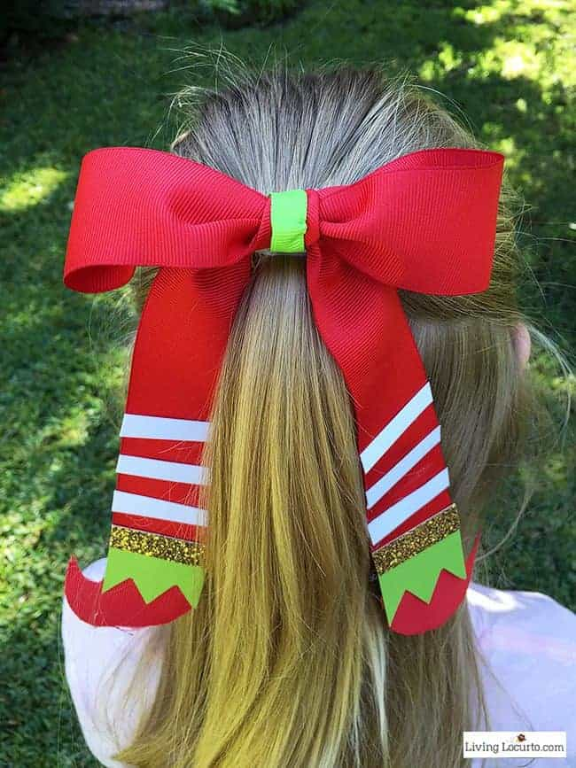 Learn How to Make an Elf Hair Bow. This is a cute Christmas Elf Gift Idea! Easy craft for girls hair or unique holiday gift wrap. LivingLocurto.com