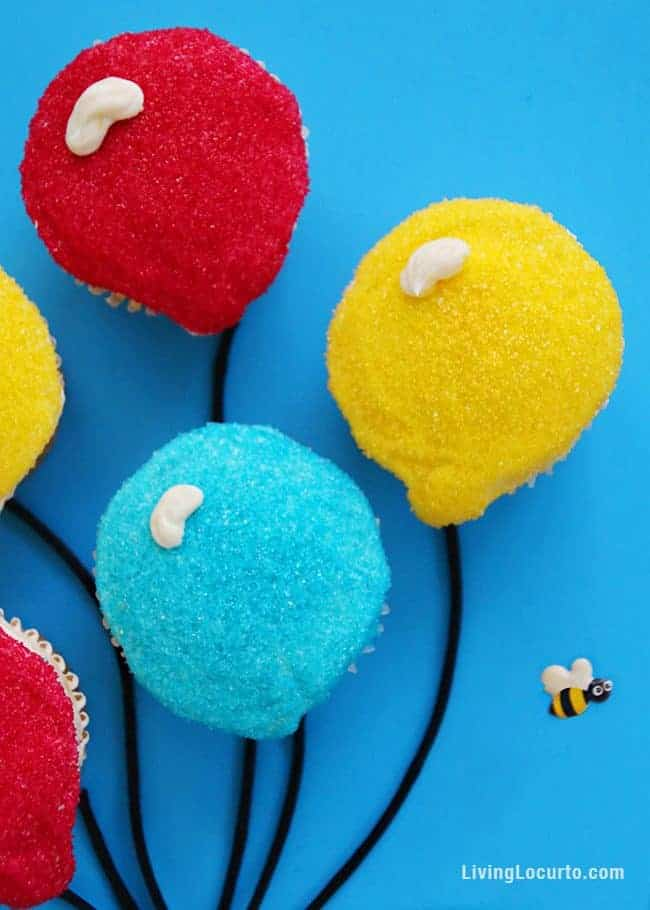 How to make the cutest Curious George Balloon Cupcakes!