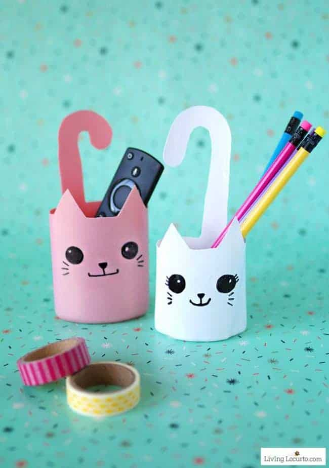 Recycled bottle cat container. Fun and simple craft! Easy repurposed shampoo bottles turned into cute kitty cat containers.