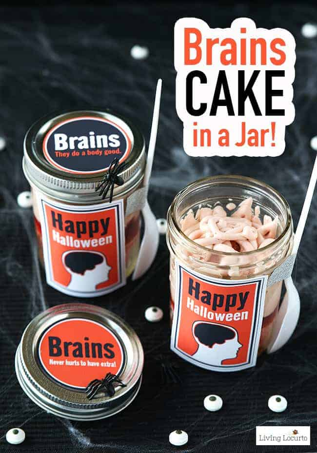These creepy Brain Cupcakes in a Jar treats make the perfect Halloween party food! Great dessert recipe idea for a zombie or Halloween party. Free printable jar labels for Halloween Gifts.