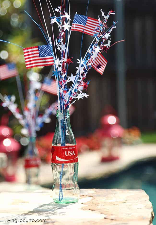 USA Coke Bottle Party Decor. LivingLocurto.com #ShareaCoke #ShareaCokeSweepstakes