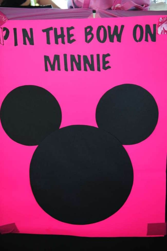 Pin the Bow on Minnie is a super fun party game!