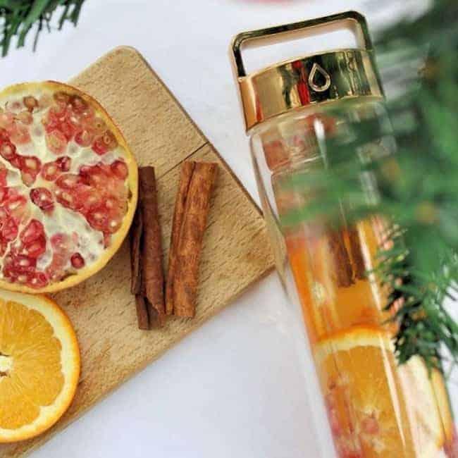 Infused Water – Orange Granatapfel und Zimt