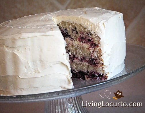 Homemade Blackberry Cake with cream cheese frosting! Recipe made with fresh blackberries. The perfect summer cake. LivingLocurto.com