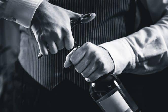 Novosadski salon vina - Naslovna 1