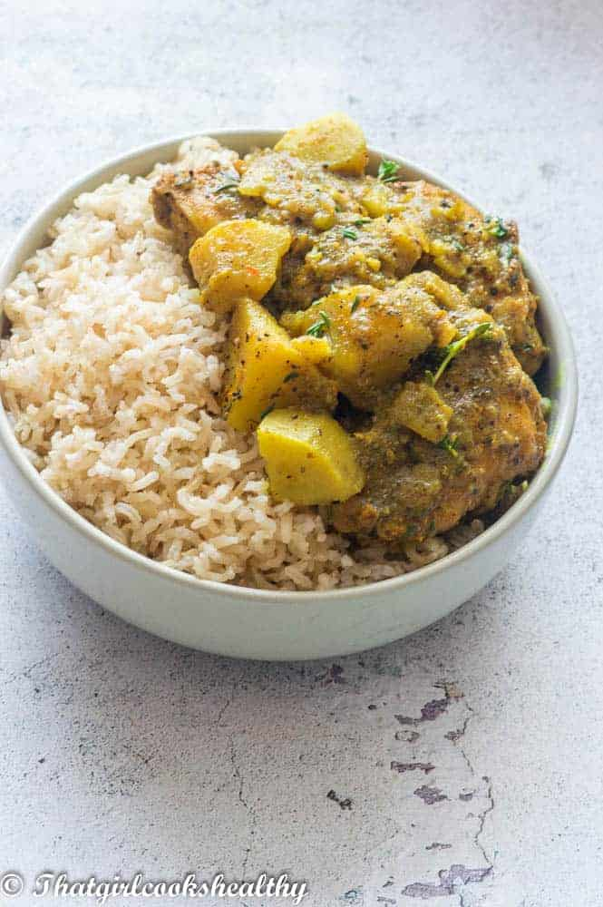 Curry chicken with brown rice