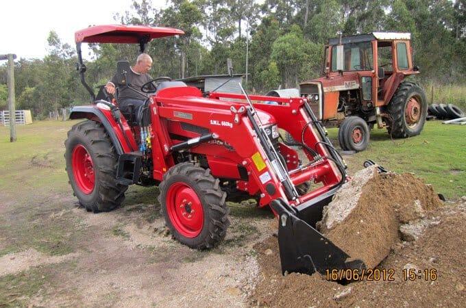 APOLLO 554 55hp 4WD diesel tractor.