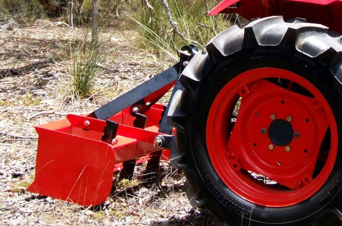 "Scarifying/ripping - the heavy box frame enables the tines to effectively ""bite"" into the ground, minimising bouncing on hard ground."