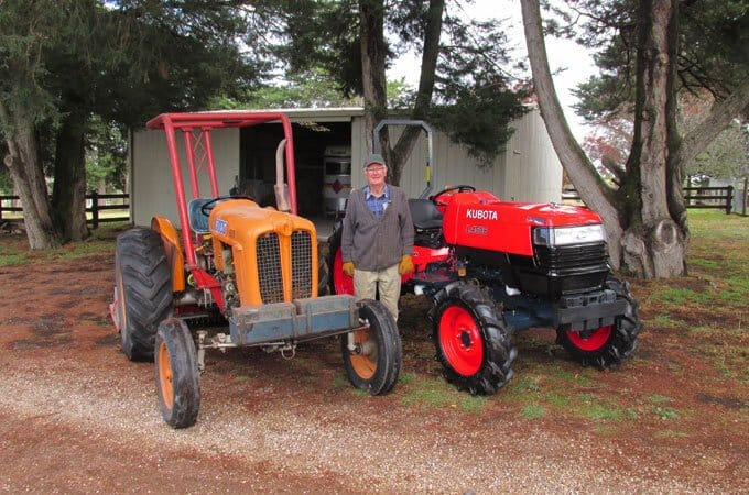 Don, with his Kubota L4508DT, supplied by SOTA Tractors.