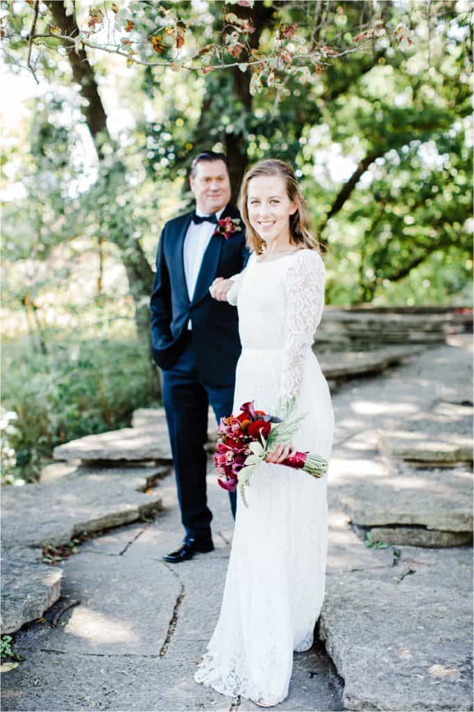 Chicago wedding photographer couple posing, light and airy pictures
