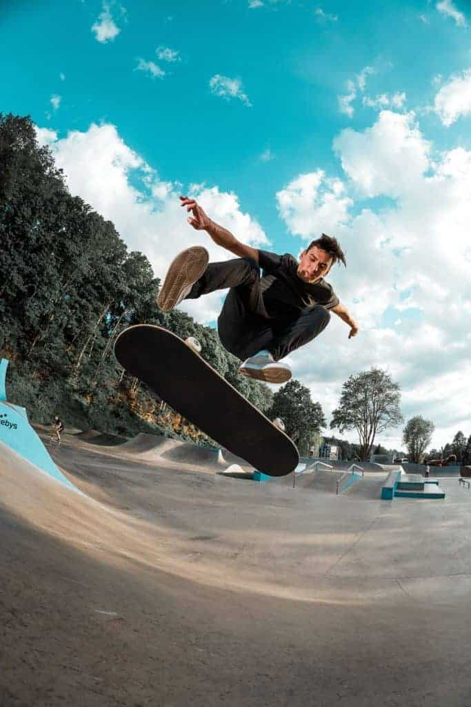 skateboarding photography with fisheye lens