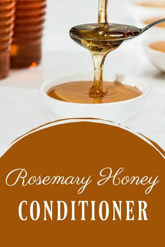 This rosemary honey conditioner is so simple but works so well! Rosemary is antibacterial much like honey but it also helps promote hair growth and helps with dry scalps and dandruff. #rosemary #conditioner #honey #naturalliving #haircare