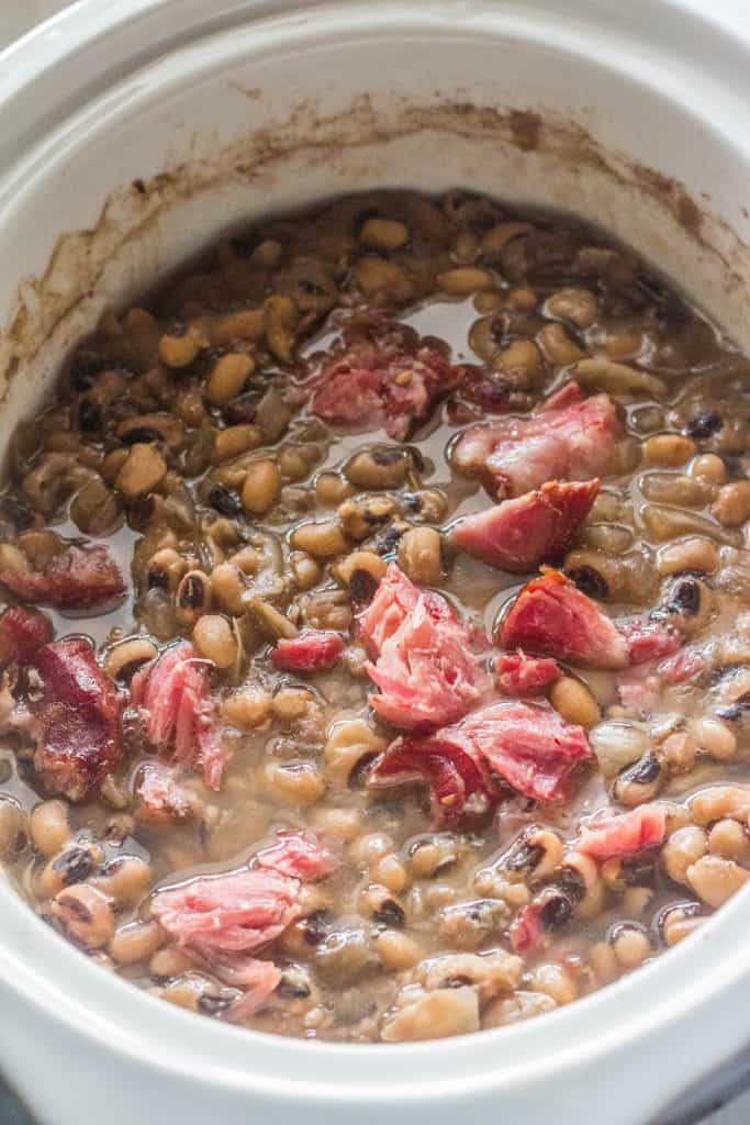 Slow-Cooker Southern-Style Blackeye Peas. Dried blackeye peas cooked in a slow-cooker with ham hocks, sweet onion and seasoning.
