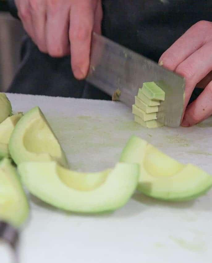 Avocado schneiden – so gehts richtig