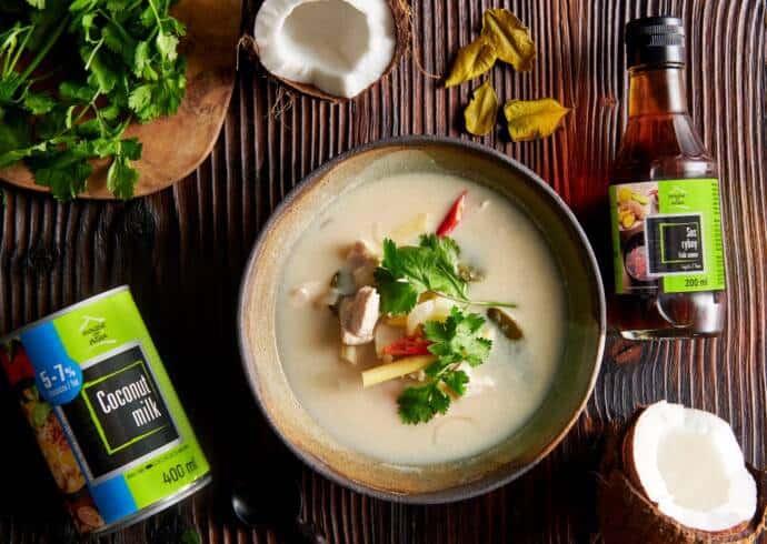 Tajska zupa kokosowa Tomk Kha z kurczakiem i pieczarkami House of Asia