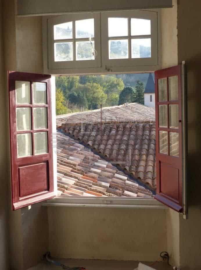 Fenêtre en bois sur mesure dans le Tarn