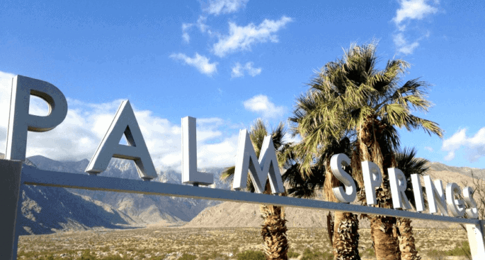 Palm springs is a great place to vacation with kids. Here's why.