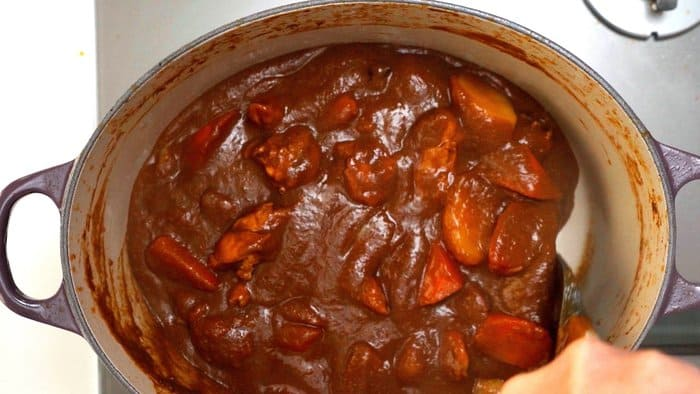When the Japanese curry is done, it should be a dark brown color.