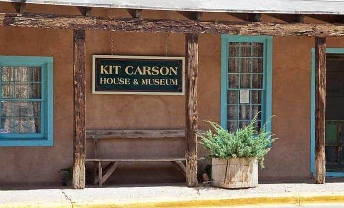 Outside of kit carson's house