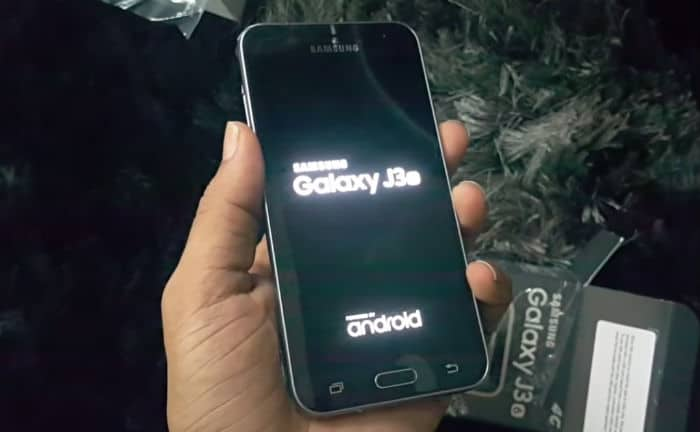 Samsung Galaxy J3 gets stuck on boot screen after rebooting