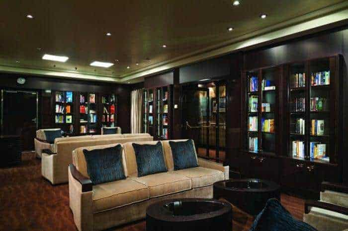 The cruise ship library, comfortable and quiet