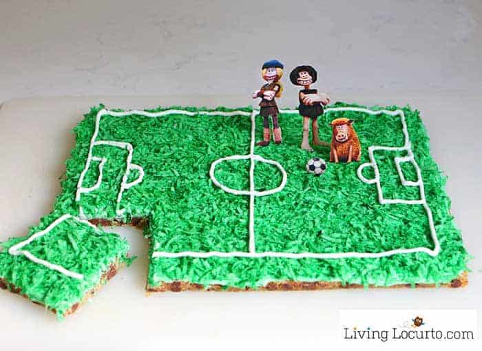 How to make a Soccer Cookie Cake for Early Man movie. A soccer field is easy to make with this chocolate chip cookie recipe!
