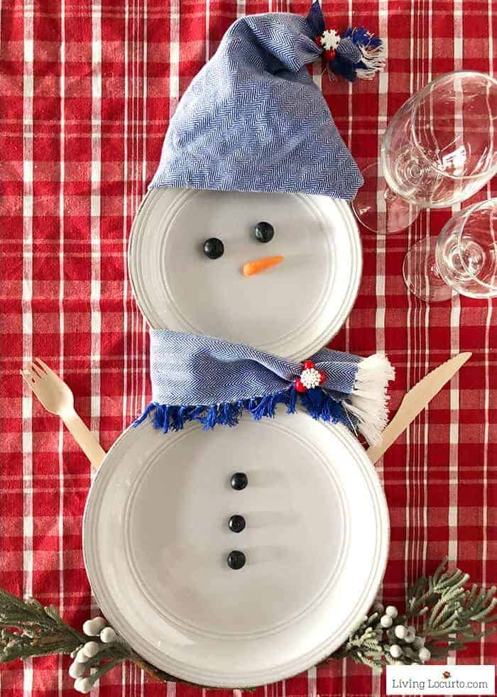 Adorable snowman plates for Christmas table setting decorations! DIY place setting crafts to make and decorate for a holiday party.