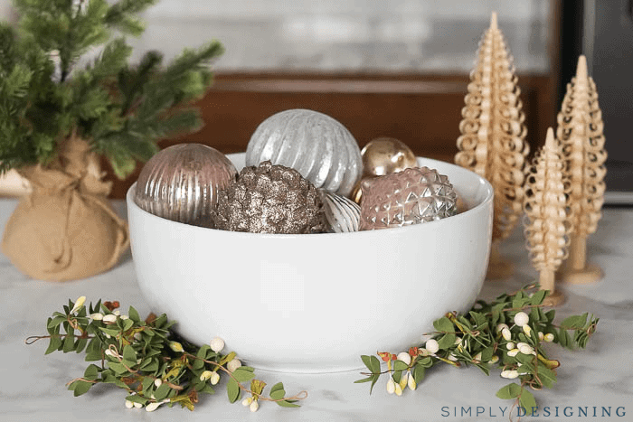Simple Holiday Decorations - Christmas Decorations