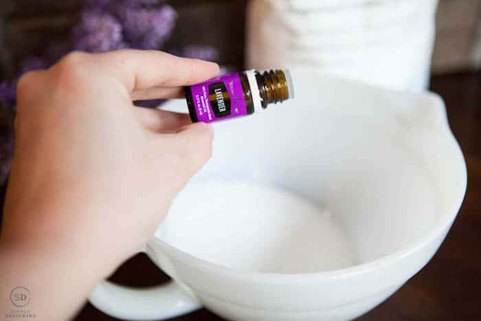 Add essential oil to bath salts
