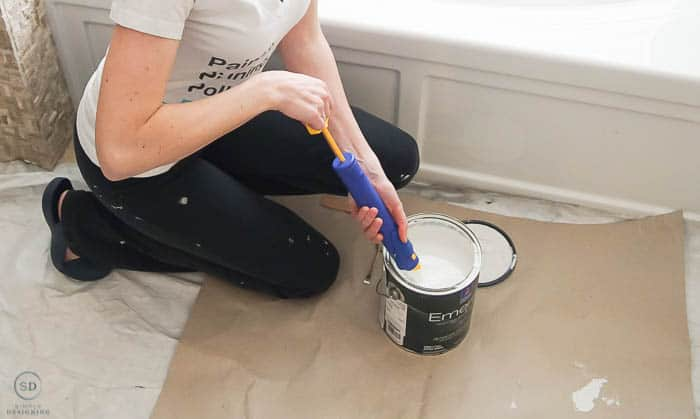 Trim, Edge or Cut in with the HomeRight QuickPainter
