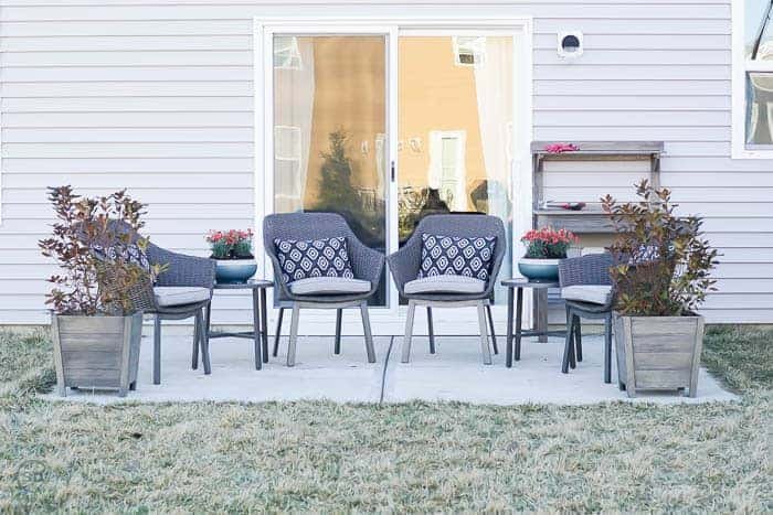 Patio makeover and how to pot a plant