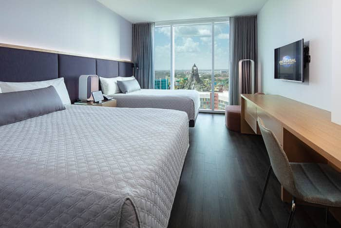hotel room with two beds at the Aventura Hotel Universal Orlando