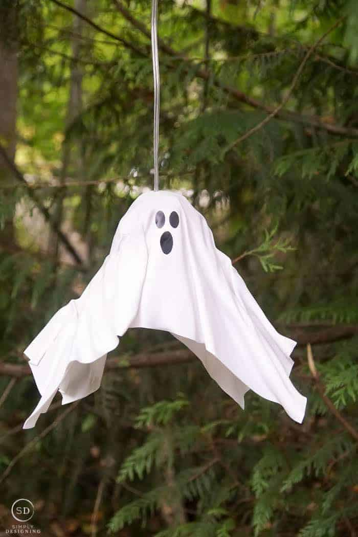 DIY Hanging Ghost Lantern