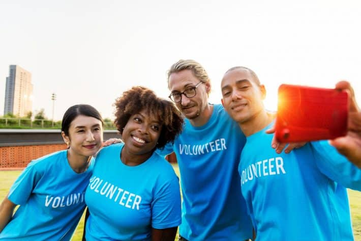 motivating a volunteer project team