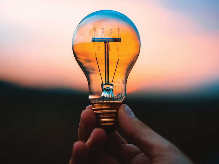 Turn off the lights to save electricity