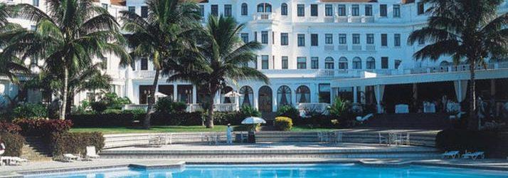 Polana Serena Hotel Daytime Poolside