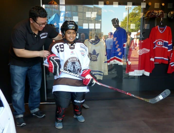 Martin Hyun bei der NHL Global Fan Tour in Berlin