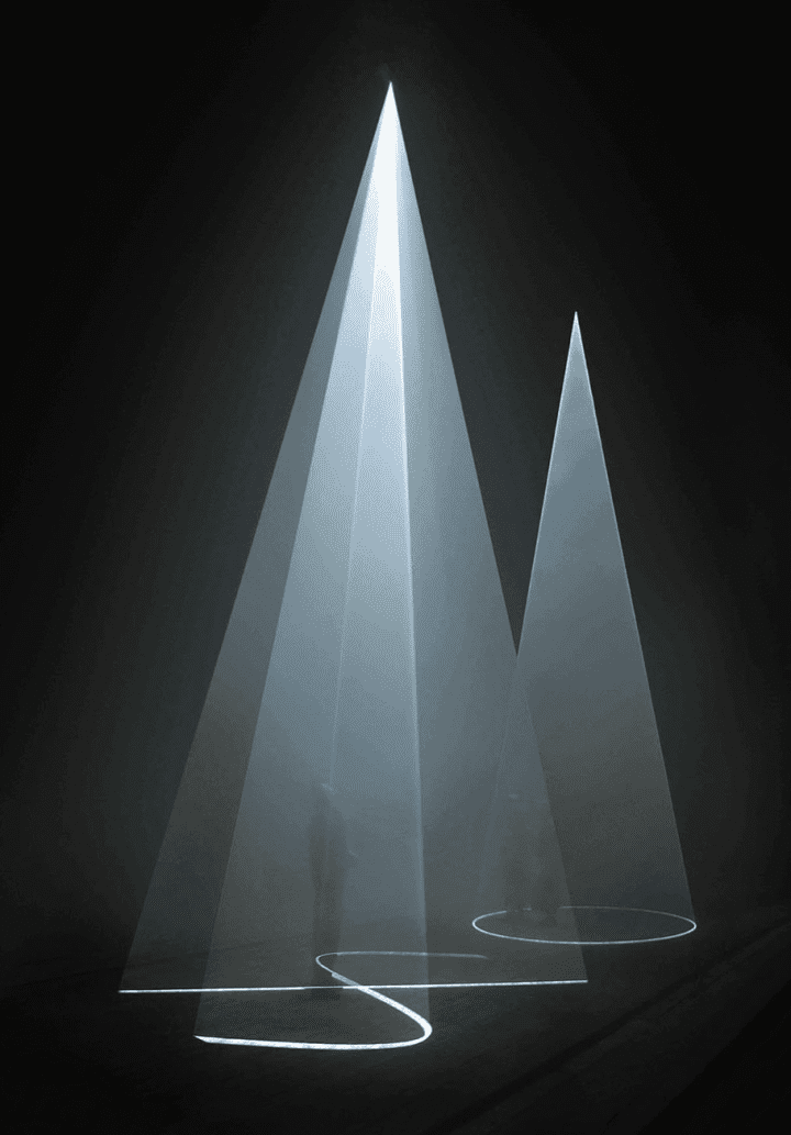 Anthony McCall. Between You and I, (2006). Light Art.