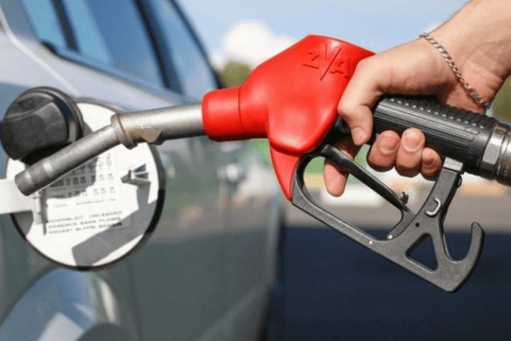 В Ивановской области подешевел бензин